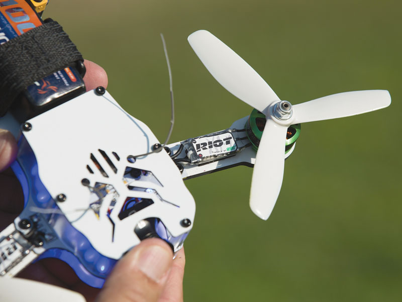 Drone Reviews: Thrust UAV Riot 250R Pro - receiver installation