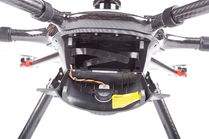 Drone Review: Yuneec Tornado H920 Plus - Battery Compartment